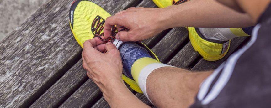 ÎNCYLENCE - Socke mirrored-gelb